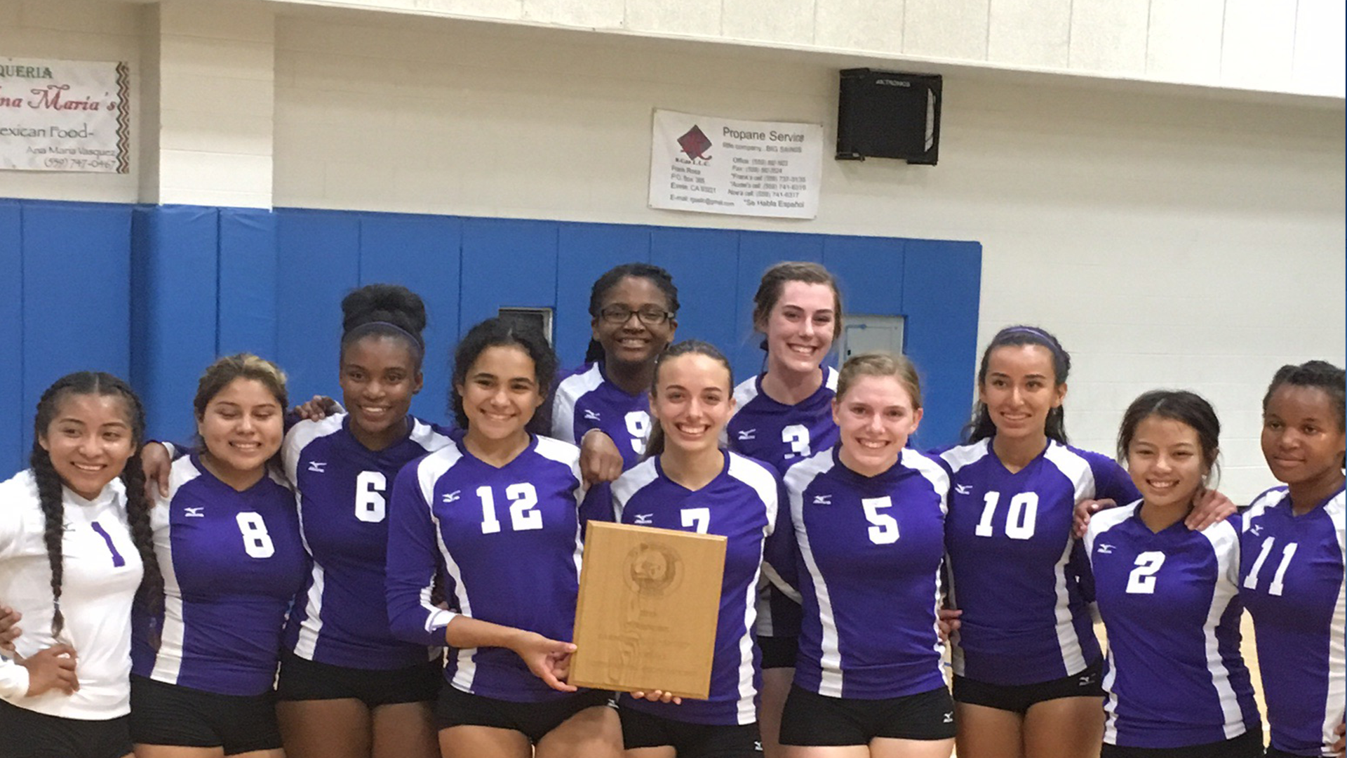 farmersville-wuhs-girls-varsity-volleyball